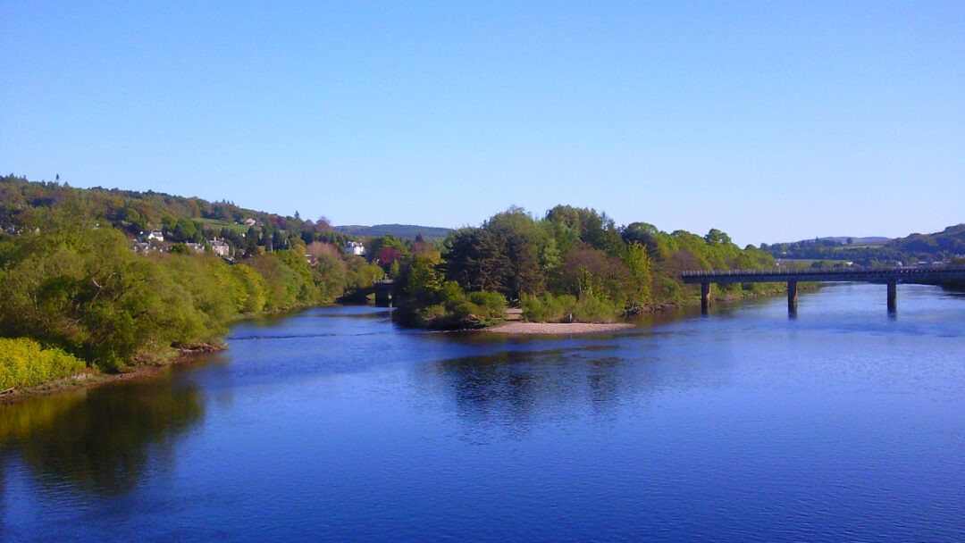 The River Tay in Perth by Karen Bryan, licensed under CC BY-ND 2.0